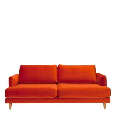 Sofa in der Trendfarbe Living Coral