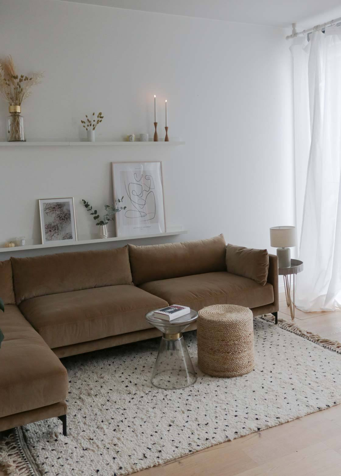 modulare Sofa in L-Form im WK Apartment